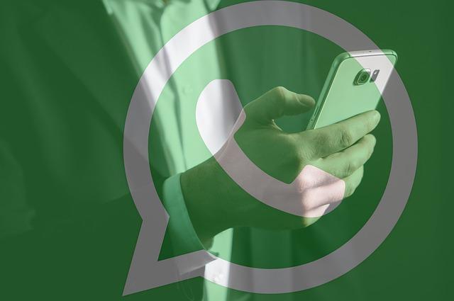 whatsapp leggere messaggi cancellati